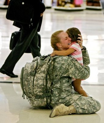 US-Soldier-Coming-Home